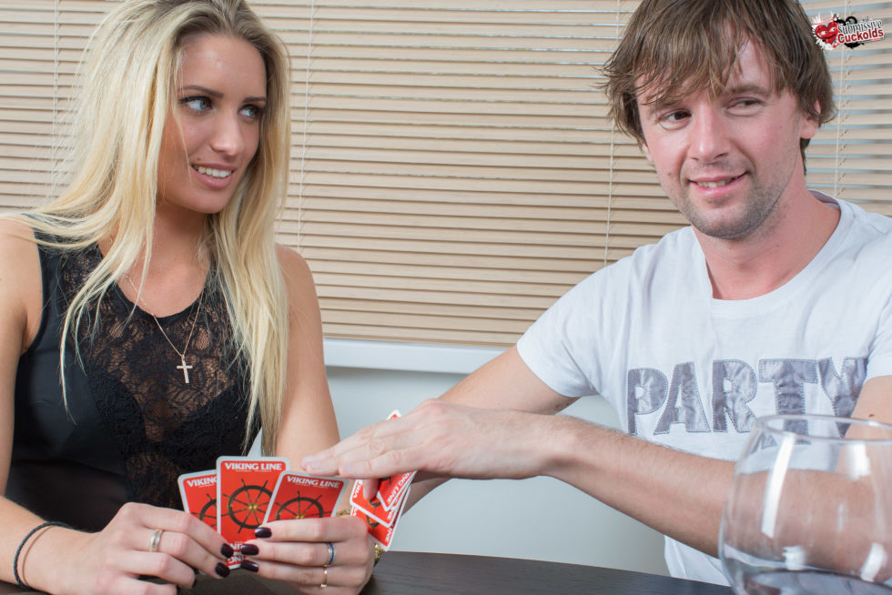 Win girl in the cards cuckold session for a boyfrend lost game